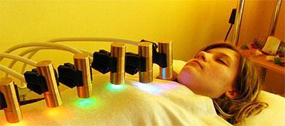 Светотерапия Махариши с драгоценными камнями