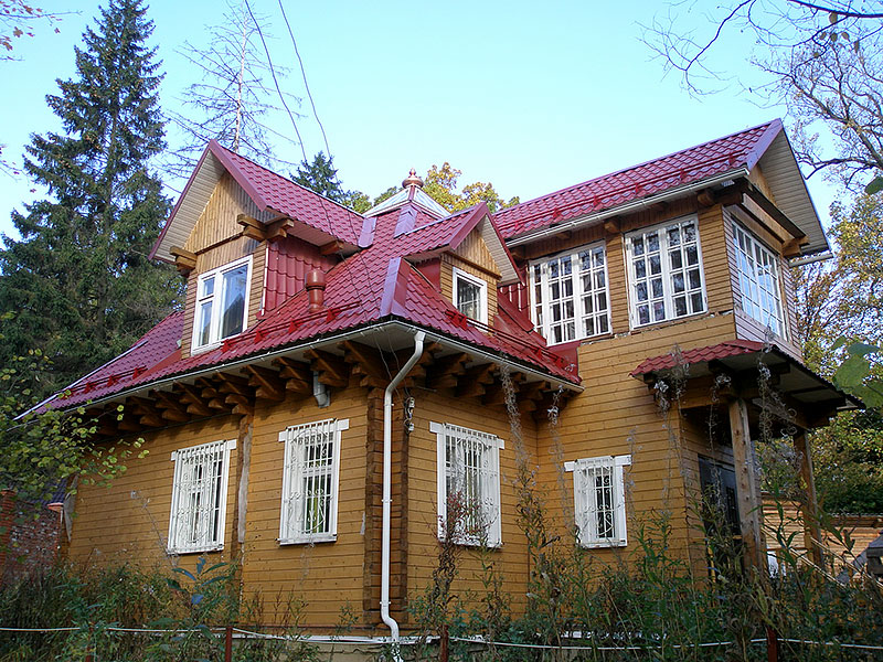 Дом Почекутова
